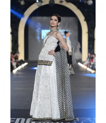 Sana Safinaz at PFDC L'Oréal Bridal Week 2013